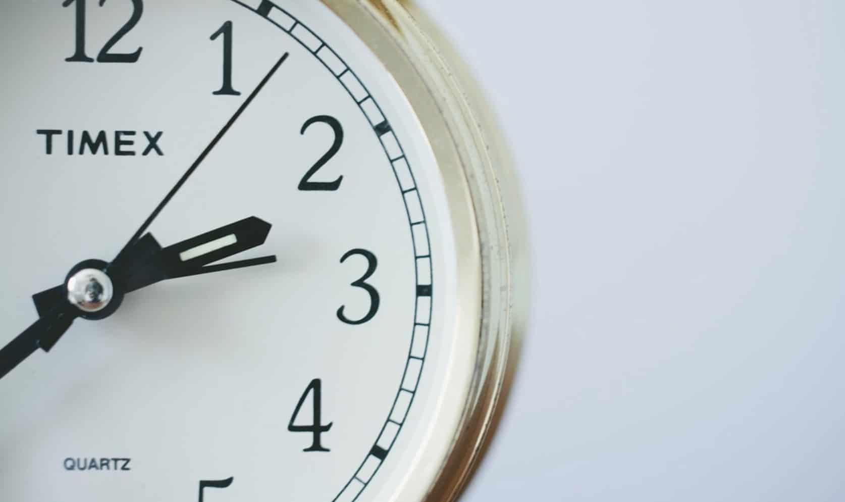 Bukmacherzy godziny otwarcia 15 sierpnia. Kiedy obstawiać mecze w STS czy Fortuna?
